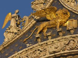Lion of San Marco, Venice, Italy by Bill Young