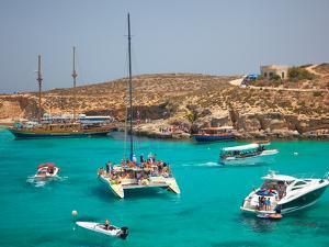Blue Lagoon, Comino, Malta, Mediterranean, Europe by Billy Stock