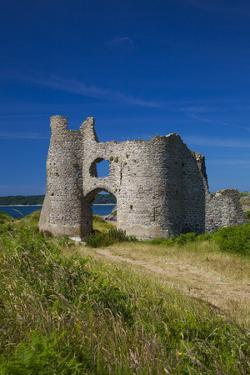 Pennard Castle, Overlooking Three Cliffs Bay, Gower, Wales, United Kingdom, Europe by Billy Stock