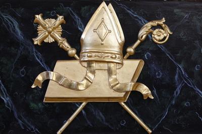 https://imgc.allpostersimages.com/img/posters/bishop-s-objects-in-saint-nicolas-de-veroce-church-haute-savoie-france_u-L-Q1GYM4C0.jpg?artPerspective=n