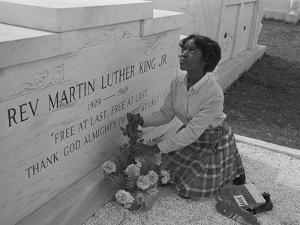 Martin Luther King Jr Grave 1969 by BJ