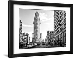 Black and White Photography Landscape of Flatiron Building and 5th Ave  Manhattan  NYC  US