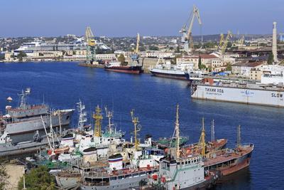 https://imgc.allpostersimages.com/img/posters/black-sea-fleet-in-south-harbour-sevastopol-crimea-ukraine-europe_u-L-PQ8OQN0.jpg?p=0