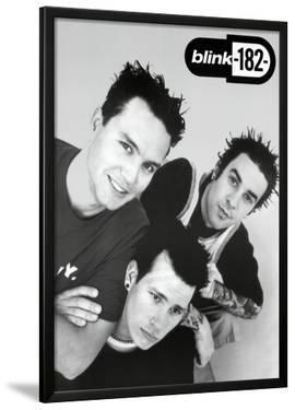 Blink 182 - B&W Group