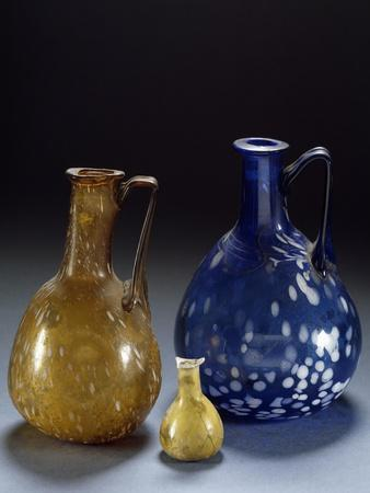 https://imgc.allpostersimages.com/img/posters/blown-and-colored-glass-jug-ad_u-L-POXZEH0.jpg?p=0
