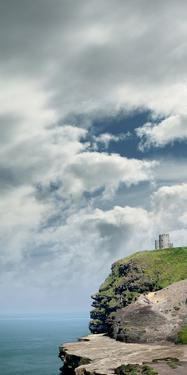 O'Briens Tower, Cliffs of Moher, Clare, Doolin by Bluehouseproject