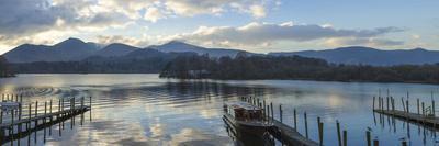 https://imgc.allpostersimages.com/img/posters/boat-landings-derwentwater-keswick-lake-district-national-park-cumbria-england-uk_u-L-PWFDT60.jpg?p=0