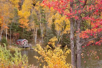 https://imgc.allpostersimages.com/img/posters/boathouse-in-autumn-marquette-michigan-12_u-L-Q1AHQSK0.jpg?p=0