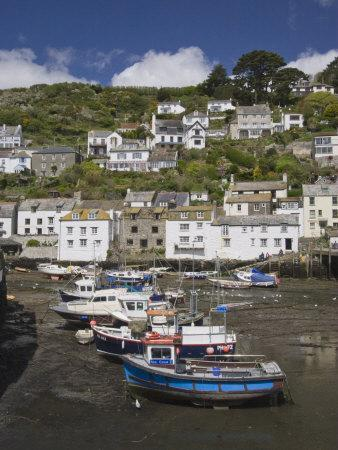 https://imgc.allpostersimages.com/img/posters/boats-in-polperro-harbour-at-low-tide-cornwall-england-united-kingdom-europe_u-L-P91BE70.jpg?p=0
