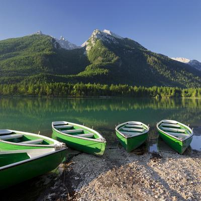 https://imgc.allpostersimages.com/img/posters/boats-in-the-hintersee-berchtesgadener-land-district-bavaria-germany_u-L-Q11YPU20.jpg?artPerspective=n