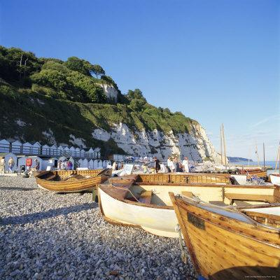 https://imgc.allpostersimages.com/img/posters/boats-on-the-beach-beer-devon-england-uk_u-L-P2QWMH0.jpg?p=0