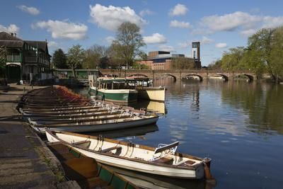 https://imgc.allpostersimages.com/img/posters/boats-on-the-river-avon-and-the-royal-shakespeare-theatre_u-L-PWFAP60.jpg?p=0