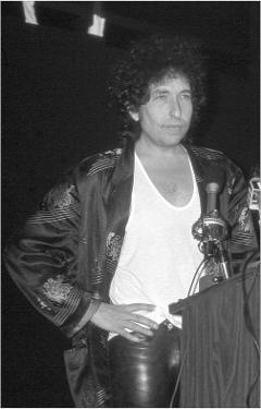 Bob Dylan at Podium