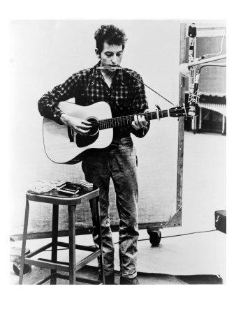 https://imgc.allpostersimages.com/img/posters/bob-dylan-playing-guitar-and-harmonica-into-microphone-1965_u-L-P6WI7Q0.jpg?p=0