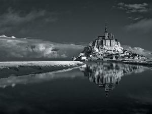 Mont Saint-Michel by Bob Krist
