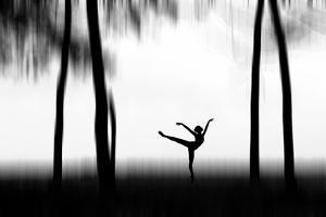 Dancing by Bocah Bocor