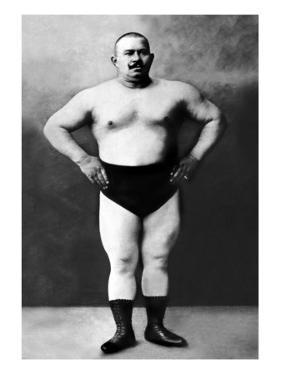Bodybuilder in Hands on Hips Pose