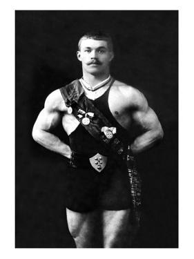 Bodybuilder in Sash