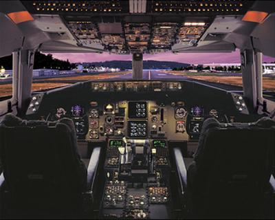 Boeing 757 glass cockpit