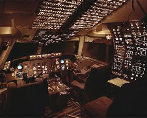 Boeing 767 Flight Deck lighting