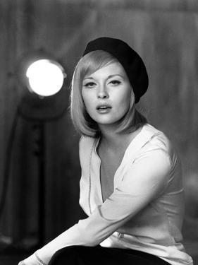 Bonnie and Clyde by ArthurPenn with Faye Dunaway, 1967 (photo)