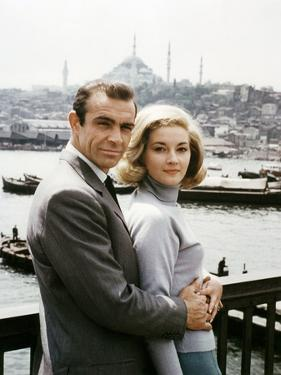 Bons baisers by Russie From Russia with Love by Terence Young with Sean Connery (James Bond 007) an