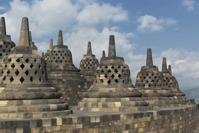 https://imgc.allpostersimages.com/img/posters/borobudur-buddhist-temple-unesco-world-heritage-site-java-indonesia-southeast-asia_u-L-PQ8P1B0.jpg?p=0