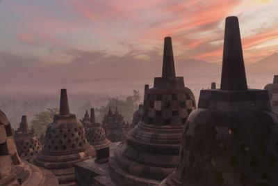 https://imgc.allpostersimages.com/img/posters/borobudur-buddhist-temple-unesco-world-heritage-site-java-indonesia-southeast-asia_u-L-PQ8P2B0.jpg?p=0