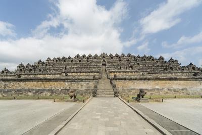 https://imgc.allpostersimages.com/img/posters/borobudur-buddhist-temple-unesco-world-heritage-site-java-indonesia-southeast-asia_u-L-PQ8R2N0.jpg?p=0