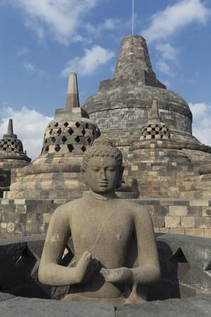 https://imgc.allpostersimages.com/img/posters/borobudur-buddhist-temple-unesco-world-heritage-site-java-indonesia-southeast-asia_u-L-PQ8ROZ0.jpg?p=0