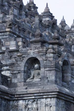 https://imgc.allpostersimages.com/img/posters/borobudur-buddhist-temple-unesco-world-heritage-site-java-indonesia-southeast-asia_u-L-PXXG4Z0.jpg?p=0
