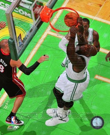 Boston Celtics Shaquille O'Neal 2010-11 Action