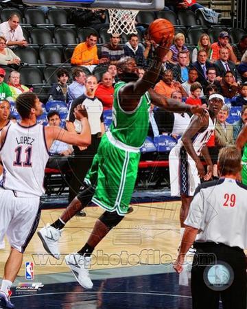 Boston Celtics - Shaquille O'Neal Photo