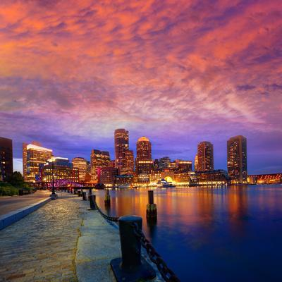 https://imgc.allpostersimages.com/img/posters/boston-sunset-skyline-from-fan-pier-in-massachusetts-usa_u-L-Q105K6W0.jpg?p=0