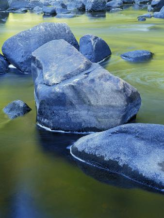 https://imgc.allpostersimages.com/img/posters/boulders-and-reflection-little-salmon-river-idaho-usa_u-L-PXR8DV0.jpg?p=0