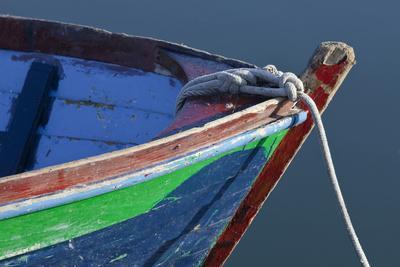 https://imgc.allpostersimages.com/img/posters/bow-detail-of-wooden-boat-deer-harbor-orcas-island-washington-usa_u-L-PN72IQ0.jpg?artPerspective=n