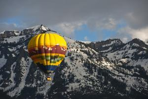 Grand Tetons, Wy: Enjoy an Early Morning Hot Air Balloon Ride the Jackson Hole Wyoming by Brad Beck