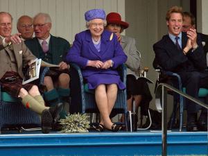 BRAEMAR ROYAL HIGHLAND GATHERING 2005, THE DUKE OF EDINBURGH, THE QUEEN & PRINCE WILLIAM ENJOY THE