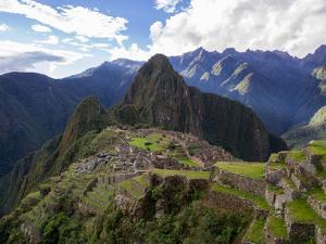 Machu Picchu by Brandon Rosenblum