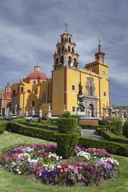Mexico, Guanajuato. Gardens Welcome Visitors to the Colorful Town by Brenda Tharp