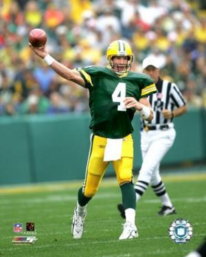 Brett Favre 2005 Passing Action