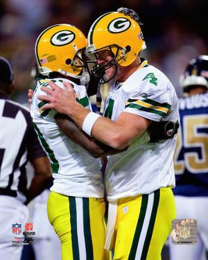 Brett Favre & Donald Driver celebrate Favre's becoming the NFL's all-time leader in career passing