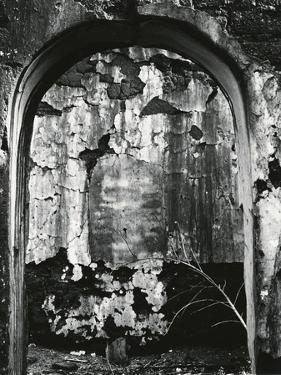 Archway, Mexico, 1969 by Brett Weston