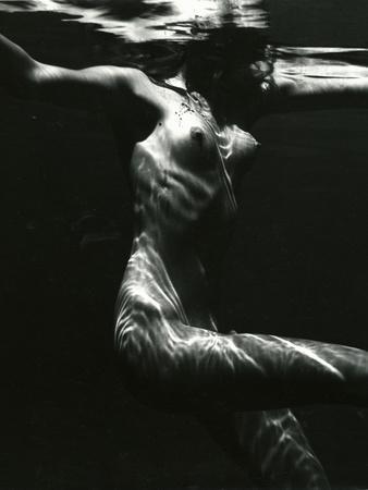 Underwater Nude, 1981