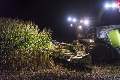 https://imgc.allpostersimages.com/img/posters/breuberg-hesse-germany-maize-harvest-by-night_u-L-Q11YJ1I0.jpg?artPerspective=n