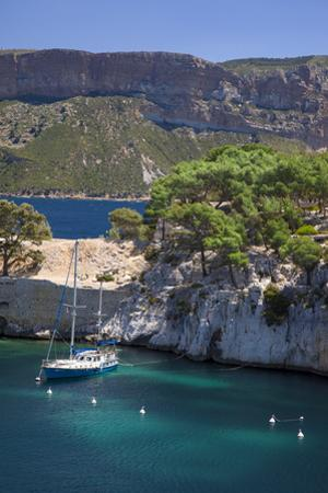 Sailboat, the Calanques, Cassis, Bouches-Du-Rhone, Cote d'Azur, Provence, France by Brian Jannsen