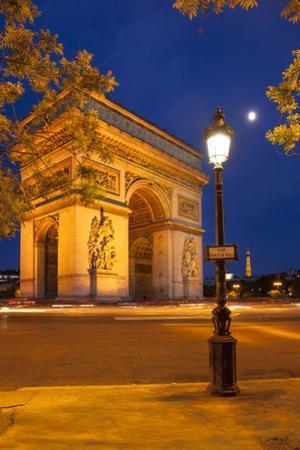Twilight at Arch De Triomphe, Paris, France