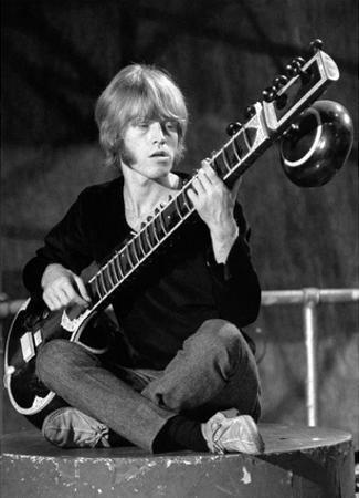 Brian Jones – Ready Steady Go! London 1967