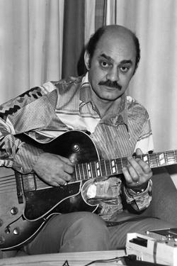 Joe Pass, London, 1976 by Brian O'Connor