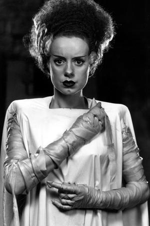 https://imgc.allpostersimages.com/img/posters/bride-of-frankenstein-elsa-lanchester-1935_u-L-Q12P8CY0.jpg?p=0